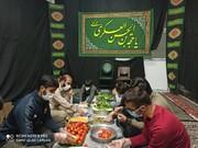 توزیع غذای آماده میان کارتنخوابهای شیراز