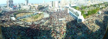 المصلون في ساحة التحرير في بغداد يعلنون رفضهم للتطبيع والاحتلال