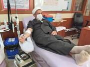 تصاویر/ اهدای خون توسط طلاب ، اساتید و کارکنان حوزه های علمیه استان ایلام