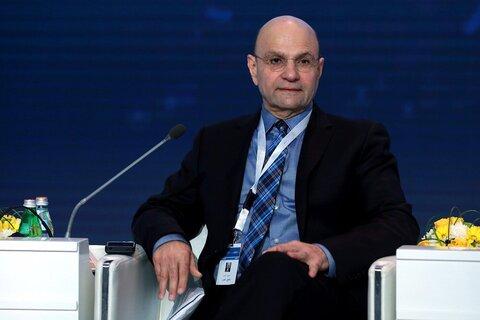 شفیق ناظم الغبرا استاد علوم سیاسی دانشگاه کویت