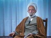 عیادت رئیس دفتر رهبر انقلاب از آیت الله مصباح یزدی + فیلم