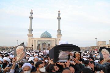 تصاویر/ تشییع پیکر مرحوم آیت الله محمد یزدی در قم -۱
