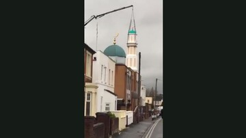 مناره جدید مسجد گلاستر در انگلیس نصب شد