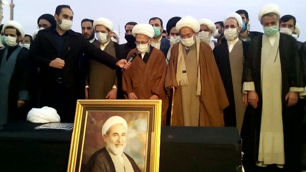 ویڈیو/ نماز جنازہ پیکر آیت الله یزدی