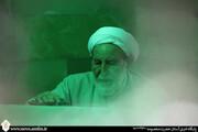 بازخوانی دستنوشته آیتالله یزدی در دفتر یادداشت غبارروبی حرم حضرت معصومه(س)+ عکس