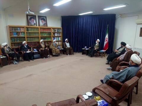 تصاویر// دیدار نمایندگان طلاب آذربایجان غربی با آیت الله اعرافی