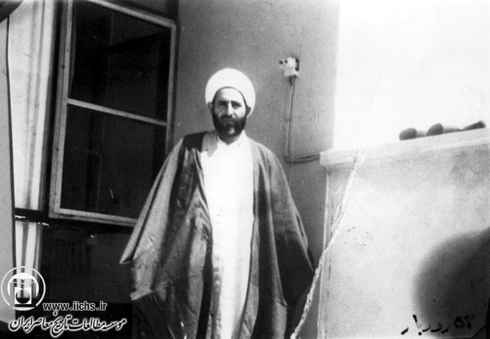 تصاویر قدیمی از مرحوم آیت الله محمد یزدی