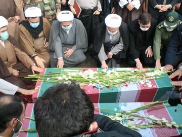 تصاویر/ تشییع شهدای گمنام در دانشگاه فرهنگیان کردستان