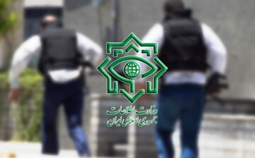 فیلم | تقدیر امام جمعه همدان از سربازان گمنان امام زمان(عج)