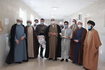 تقدیر مدیر حوزه علمیه قزوین از پرستاران + عکس