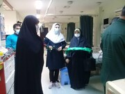 بانوان طلبه از کادر درمان بیمارستان جم تقدیر کردند + عکس