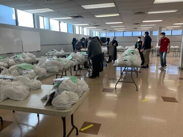 Edmonton mosque supports seniors during COVID-19 pandemic