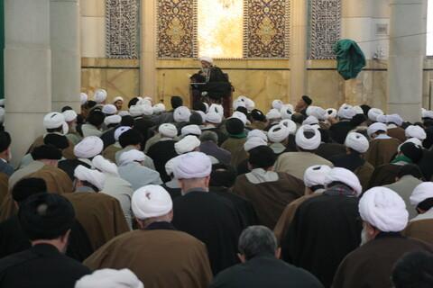 تصاویر آرشیوی از درس خارج آیت الله العظمی تبریزی (ره) در دیماه ۱۳۸۴