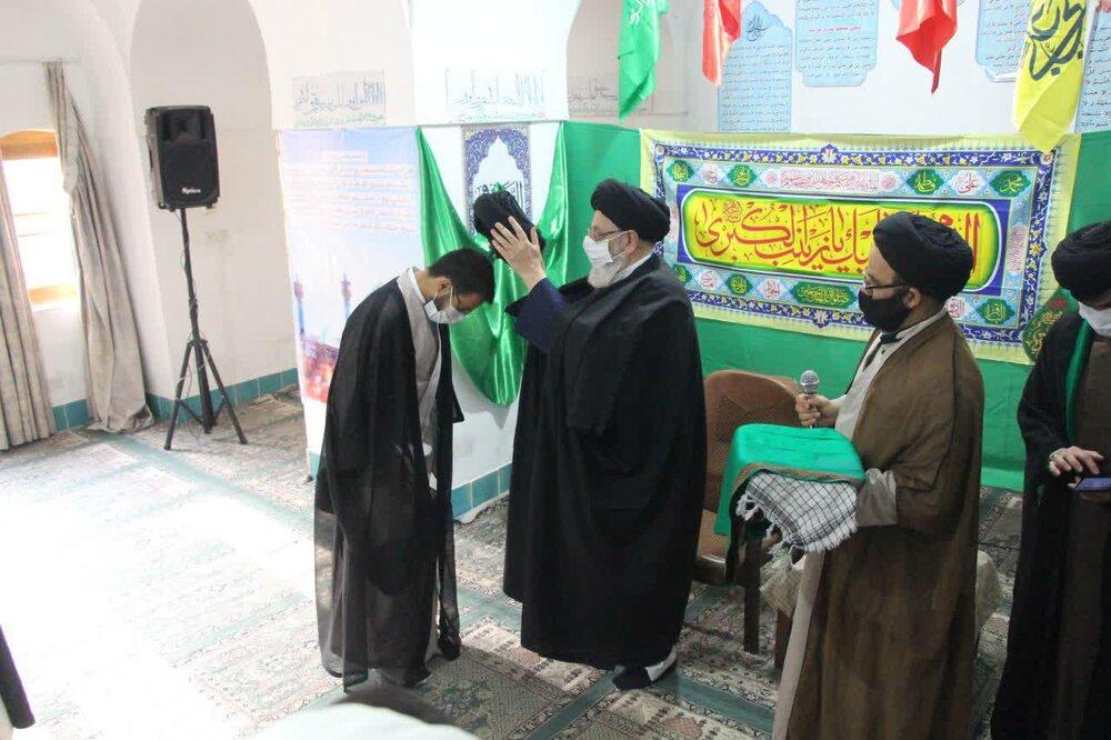 مراسم عمامه گذاری طلاب یزدی به مناسبت میلاد حضرت زینب(س)