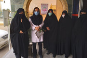 تصاویر/ تقدیر مدیران حوزه خواهران میبد از مدافعان سلامت