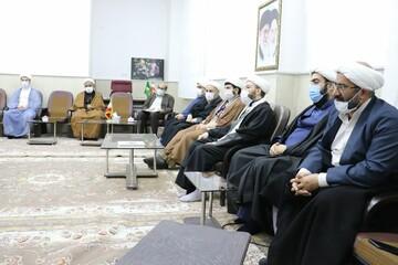 تصاویر/ نشست جمعی ازروحانیون با نماینده مردم قزوین، آبیک و البرز در مجلس شورای اسلامی