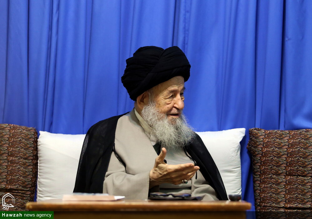 حضرت آیت الله علوی گرگانی هر حرکتی را که با تأیید رهبر معظم انقلاب باشد حمایت می کند