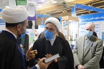 بازدید مدیر حوزه خواهران از نمایشگاه دستاوردهای دفتر تبلیغات اسلامی