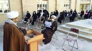 تجمع روحانیون و مردم نهاوند در اعتراض به سخنان فرد هتاک + عکس