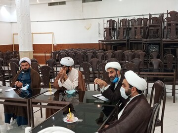 تصاویر/ نشست هماندیشی سرگروههای طلاب جهادی با مدیر حوزه علمیه سمنان