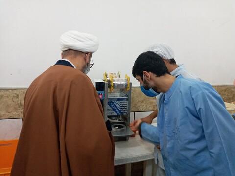 تصاویر/ تجلیل مدیر حوزه علمیه سمنان از جهادگران عرصه سلامت