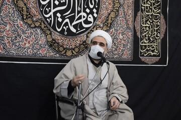 غیر مسلمان ها هم به سردار سلیمانی عشق می ورزند