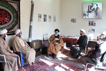 تصاویر / بازدید مدیر حوزه علمیه استان همدان از قرارگاه جهادی شهید مدنی