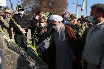 تصاویر/ مراسم غبارروبی گلزار شهدای قزوین