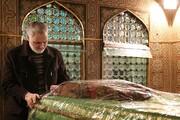 حال فراموشنشدنی شهید سلیمانی در زمان تشرف به حرم رضوی