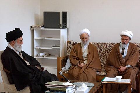 تصاویری از مرحوم آیتالله مصباح یزدی در کنار رهبر معظم انقلاب