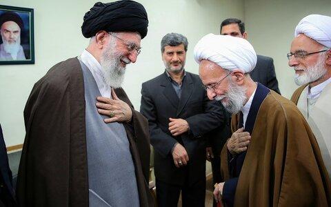 الإمام الخامنئي والراحل آية الله الشيخ محمّد تقي مصباح اليزدي
