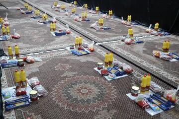 تصاویر/ توزیع ۳۰ بسته غذایی به همت گروه جهادی انصارالمهدی ارومیه