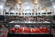 مراسم وداع با پیکر آیت الله مصباح در مصلی قدس در حال برگزاری است + فیلم