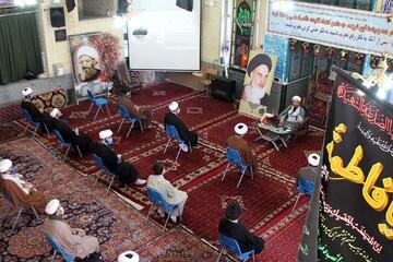 تصاویر / نشست بصیرتی در مدرسه علمیه آیت الله آخوند