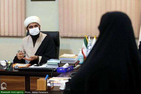 بالصور/ مدير الحوزة العلمية النسوية لمحافظة سمنان يتفقد مركز إعلام الحوزة بقم المقدسة