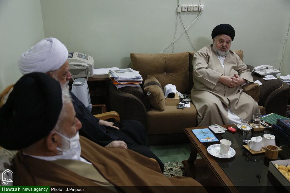 بالصور/ القائمون على مؤتمر آية الله العظمى السيد محمود الحسيني الشاهرودي (ره) يلتقون بممثل آية الله العظمى السيستاني بقم المقدسة