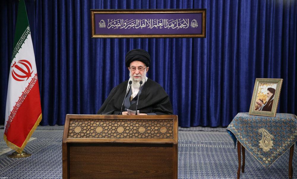 عکس نوشت | بیانات رهبر انقلاب در رابطه با مرحوم آیت الله مصباح یزدی شهیدان سلیمانی فخری زاده