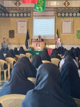 دشمن می خواهد حجاب را از زن ایرانی بگیرد