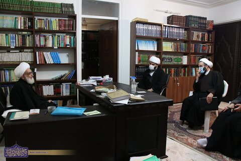 حضرت آیت الله نوری همدانی در دیدار حجت الاسلام والمسلمین قمی