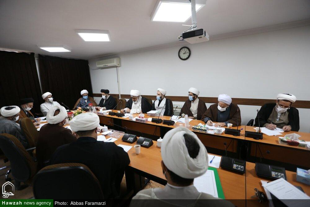 گزارش نشست کمیسیون پژوهش اجلاسیه اساتید حوزه علمیه قم