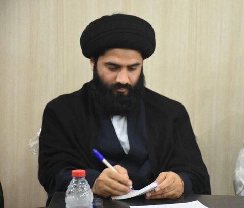 سید عباس موسوی مدیر مدرسه علمیه امام خمینی بندر امام