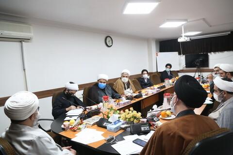 تصاویر / جلسه کمیسیون«اساتید حوزه و آموزش مجازی، فرصت ها، تهدیها و راهکارها»