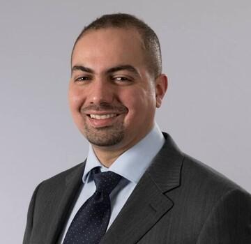 پزشک مسلمان در تورنتو سمینارهای مبارزه با اعتیاد برگزار میکند