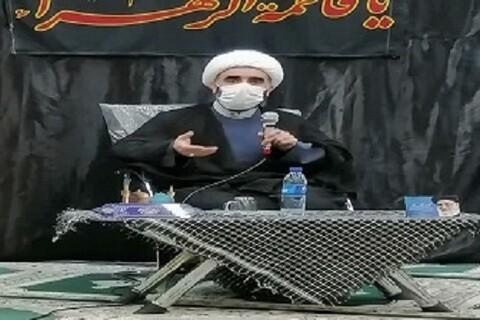 جلسه بررسی نقش آیت الله مصباح در دفاع از انقلاب