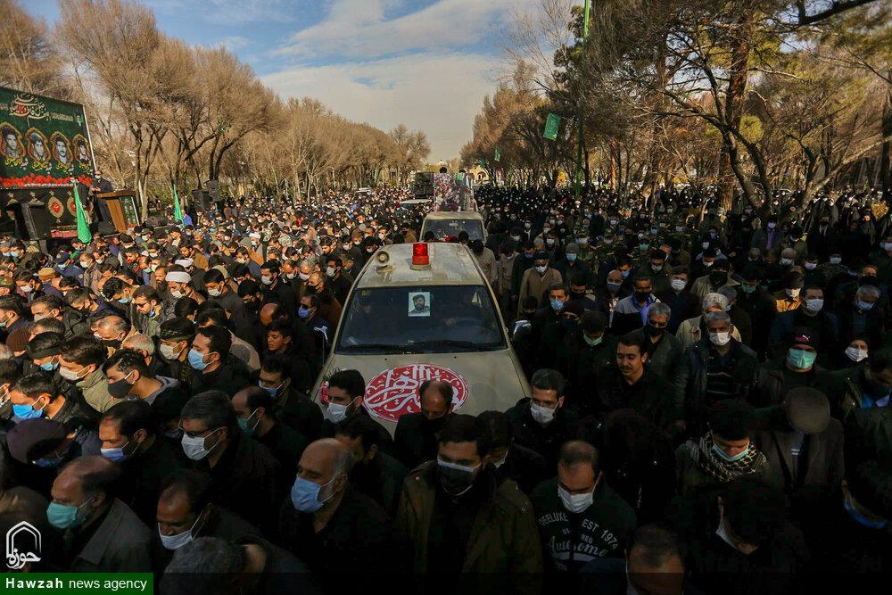 تصاویر/ تشییع پیکر دو شهید تازه تفحص شده در سالروز شهادت حضرت زهرا(س) در اصفهان
