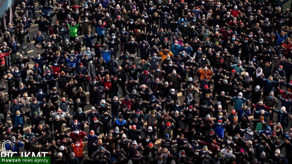 تصاویر/ منفی 15 ڈگری ٹھنڈ کے باوجود کرگل میں ایام فاطمیہ کا انعقاد و ہزاروں کی تعداد میں عزاداروں  کی شرکت