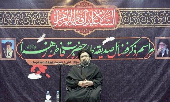 مهمترین فراز خطبه فدکیه، دفاع از حضرت علی(ع) است