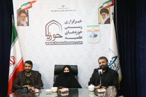 نشست صمیمی خبرگزاری حوزه با خانواده شهید محسن فخری زاده