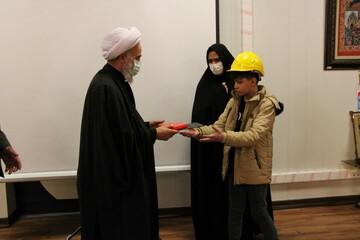 تصاویر/ بازدید امام جمعه آران و بیدگل از مجتمع فولاد کویر