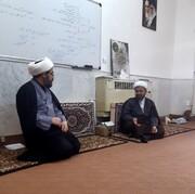 طلاب و روحانیون بسیجی در خط مقدم خدمت به اسلام و مردم هستند